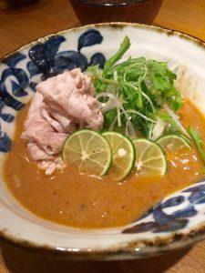 本町製麺所 冷やし薬膳酢橘(すだち)豚しゃぶうどん