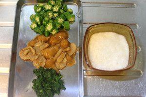 ○の野菜は下茹で後、氷水でしめ、食べやすい大きさに切りそろえる。山芋はすりおろしておく。