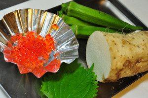 長芋、大葉は調理前に、流水で良く洗い、キッチンペーパーで水気を切っておく。