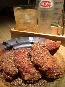 愛媛県八幡浜産の浜千鶏使用!天然出汁で漬け込んだうどん屋の出汁手羽先、本町製麺所 本店