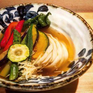 夏野菜の煮浸し冷うどん